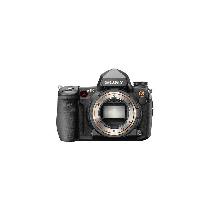 Digital SLR 24.6 Mega Pixel 35mm Camera, , product-image
